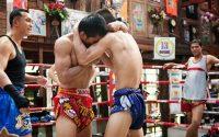 clinch entre dos thais