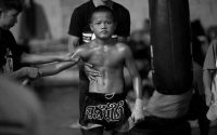 Chuy pelea en Tailandia